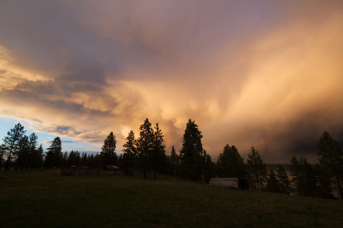 light sunset sky usa mountains weather clouds landscape spring montana dramatic rocky stormy formation rainy april eureka