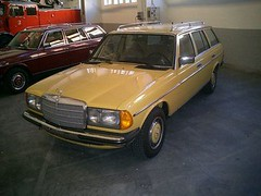 automobile, automotive exterior, vehicle, mercedes-benz w126, mercedes-benz w123, mercedes-benz, compact car, classic car, land vehicle, luxury vehicle,