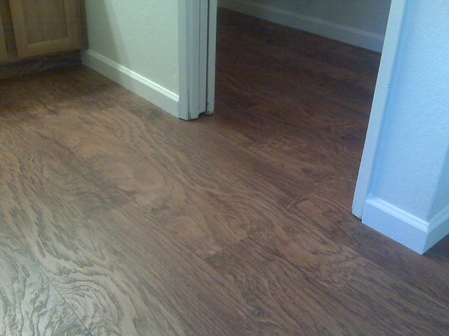 Laminate flooring costco laminate flooring for Harmonics flooring
