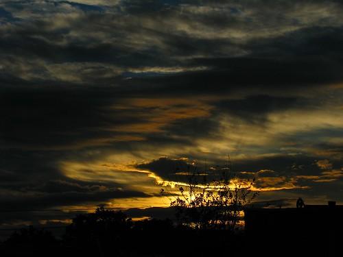 sky cloud sunrise montreal ciel nuage urbanstroll ©martinujlaki