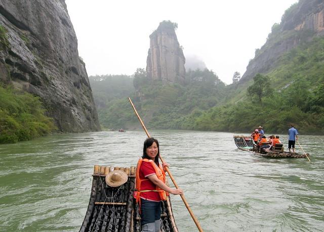 普吉岛丛林山谷竹筏漂流