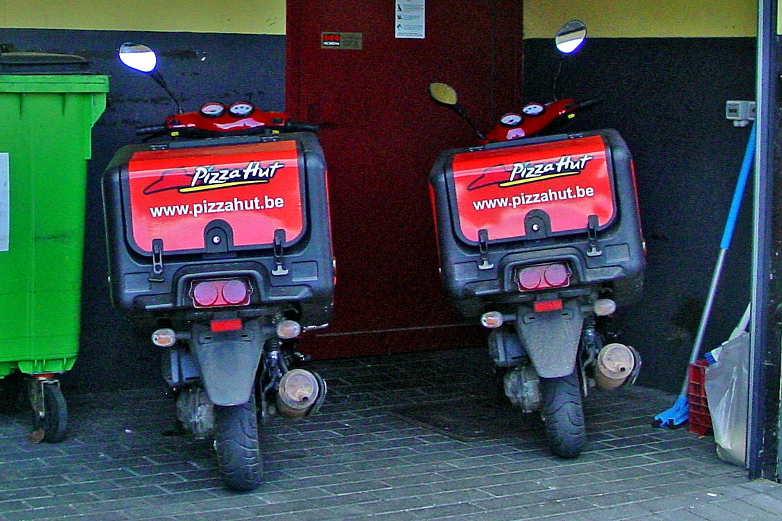 Delivery Scooters Pizza Hut Belgium