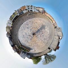 Place des moineaux, Pontoise