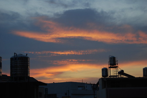 blue red sky cloud sun yellow sunrise landscape dawn twilight nikon taiwan taichung 台灣 scape 台中 日出 早晨 曙光 晨光 d40x 暮光 daniellih