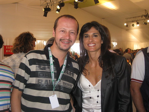 https://farm5.staticflickr.com/4062/4577919812_cee7ec8956.jpg Gabriela Sabatini Married