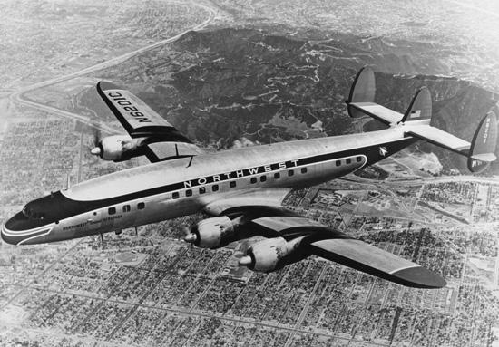 Lockheed : L-10... L 1049