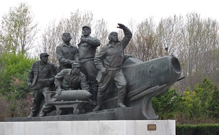 Image of  Monument to the Victorious Fatherland Liberation War  near  Pyongyang. sculpture bronze fighter aircraft jet airforce bomb mig northkorea koreanwar pyongyang dprk monumenttothevictoriousfatherlandliberationwar