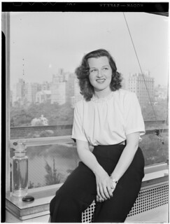 [Portrait of Jo Stafford, New York, N.Y.(?), ca. July 1946] (LOC)