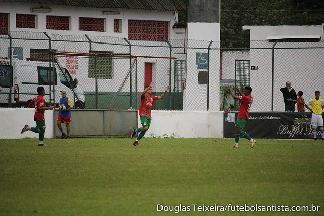Lance de Portuguesa Santista 1 x 1 São Paulo, partida válida pelo Campeonato Paulista Sub-20