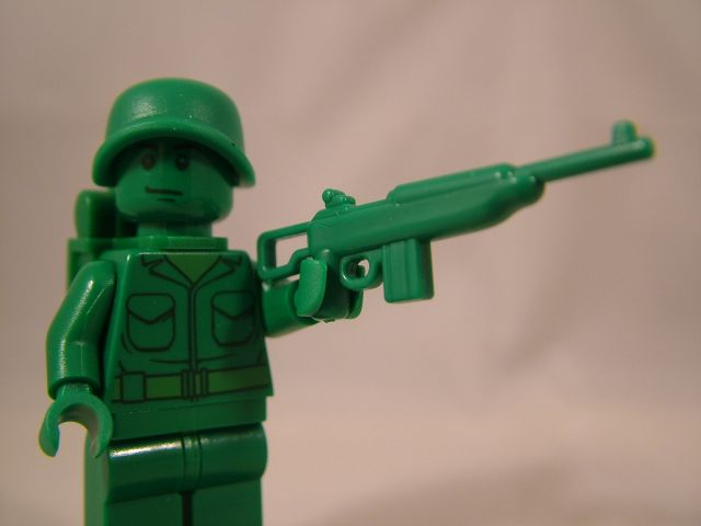 LEGO Toy Story Soldier with Green BrickArms M1 Carbine Prototype