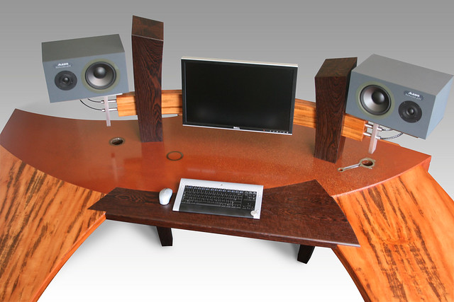 the ultimate computer desk | Flickr - Photo Sharing!
