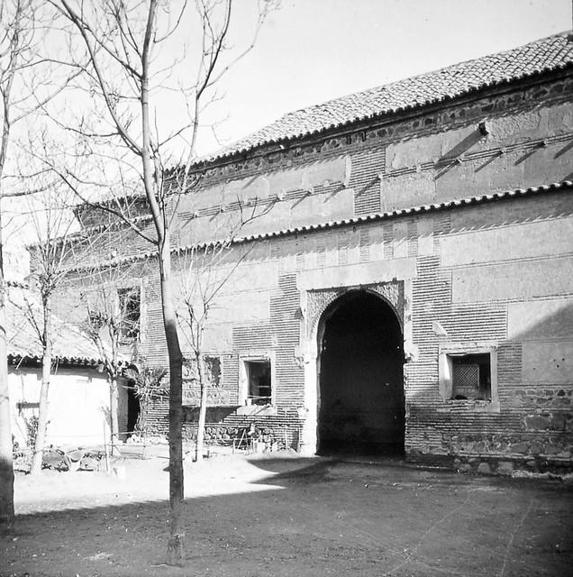 Taller del Moro de Toledo a finales del siglo XIX. Fotografía de Alexander Lamont Henderson