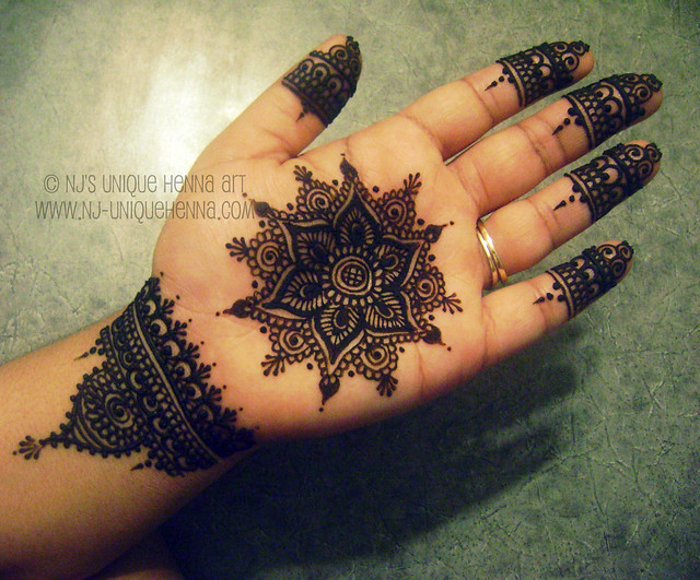 Mehndi Tattoo Mandala : Mandala design � nj s unique henna art flickr