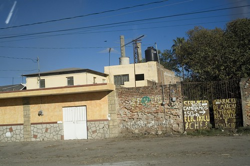 IMG_2689_tequila-jalisco-drive-by-45mm