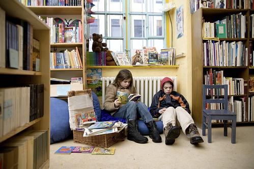 Berliner Büchertisch - Leseecke für Kinder 2.jpg