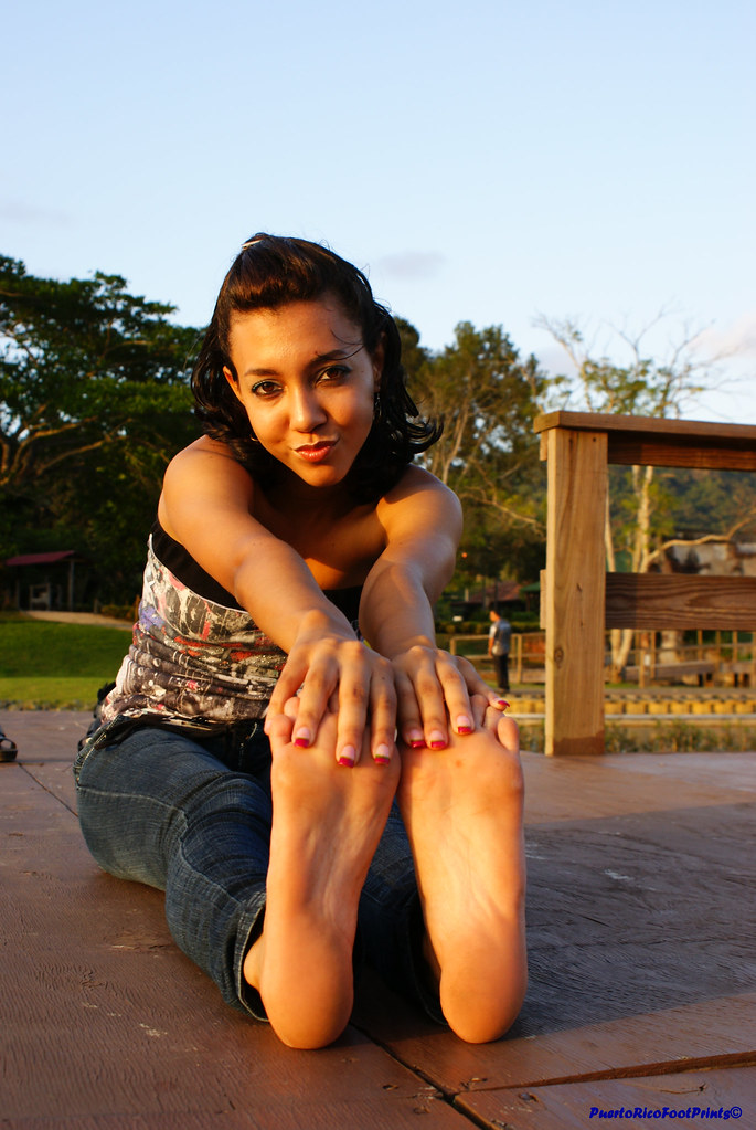 Teen Latina Feet Pics