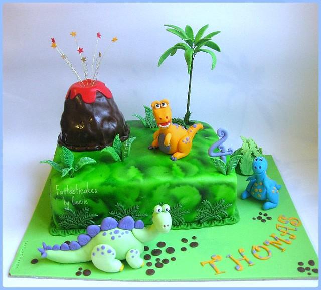 how to make a dinosaur cake youtube
