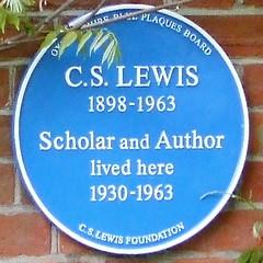 Photo of C. S. Lewis blue plaque