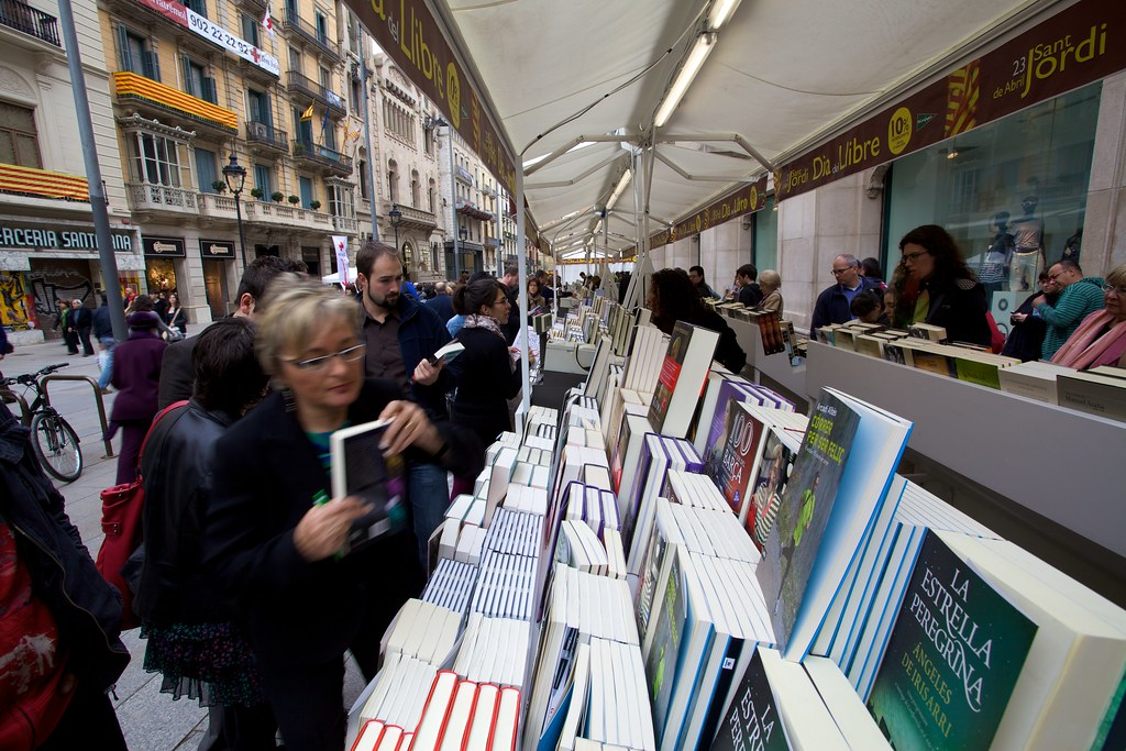 People Shopping For Books
