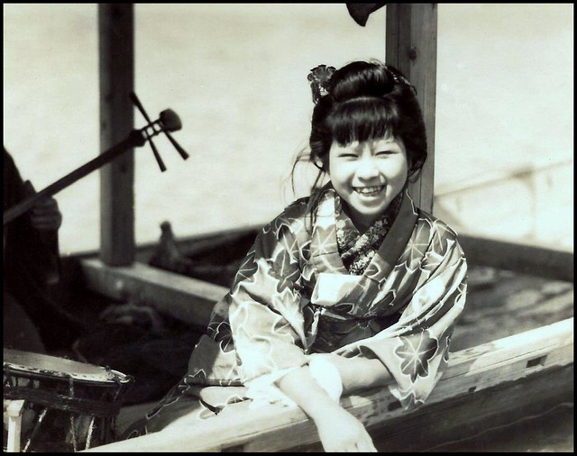 CUTIE-PIE TAIKO DRUM PLAYER ON A PLEASURE BOAT in OLD JAPAN