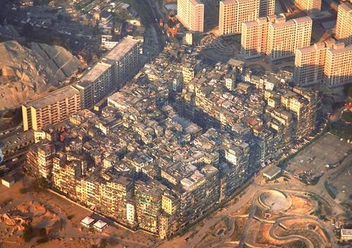 1986 Walled City and Tung Tau Estate, Hong Kong