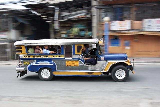 Jeepney_09400rt