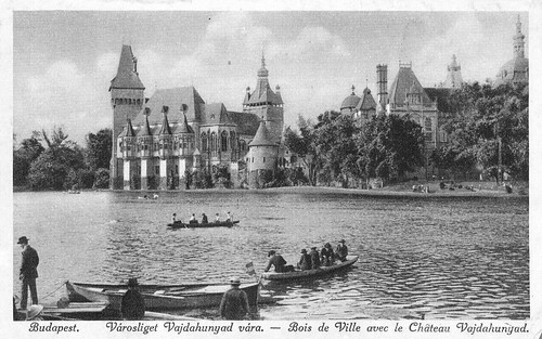 Old postcards of Budapest – City Forest with the Vajdahunyad Castle