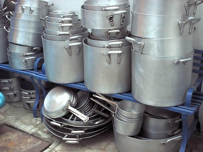 03 01 2010 04 01 2010 mercado calabaj o for Instrumentos de cocina profesional