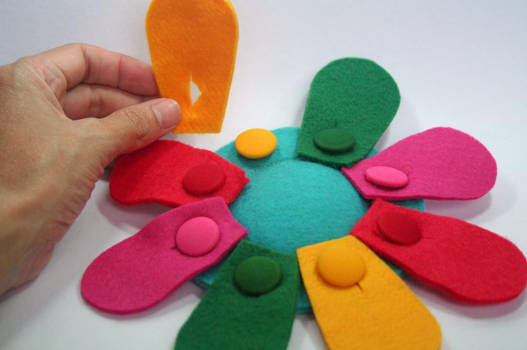 Felt Button Toy : 4歳 手作りおもちゃ : すべての講義