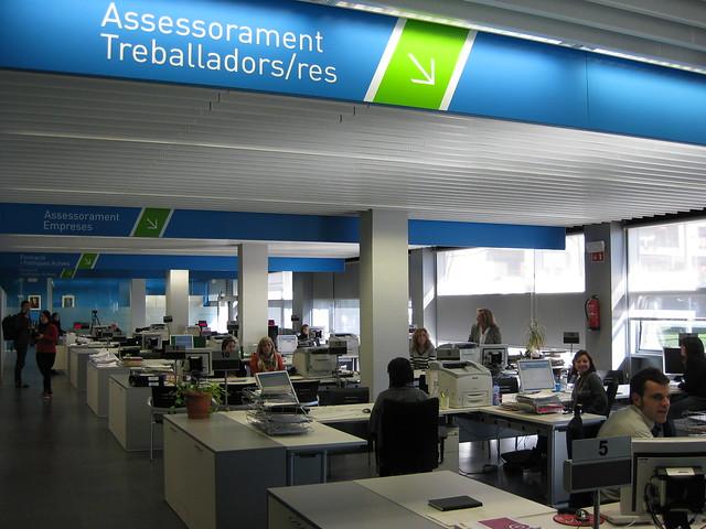 Nova oficina de treball a badalona flickr photo sharing for Gia oficina de treball
