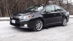 minivan(0.0), lexus rx hybrid(0.0), automobile(1.0), sport utility vehicle(1.0), vehicle(1.0), lexus rx(1.0), lexus(1.0), bumper(1.0), sedan(1.0), land vehicle(1.0),