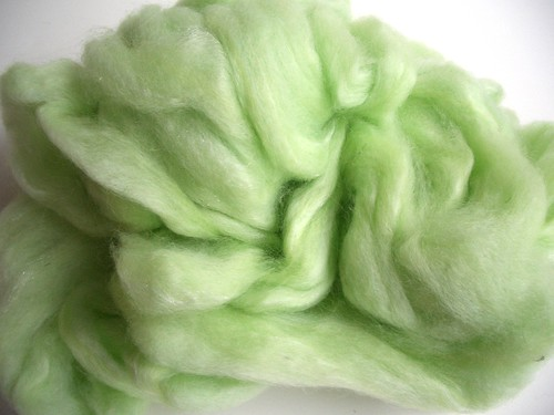 Baaxter's Romney wool and sparkle by Homestead  Wool & Gift Farm-pindrafted roving-4.5oz