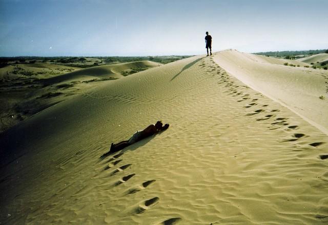 Gobi Desert, Mongolia by CC user aleceast on Flickr