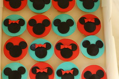 Mickey * Minnie Mouse Cupcakes