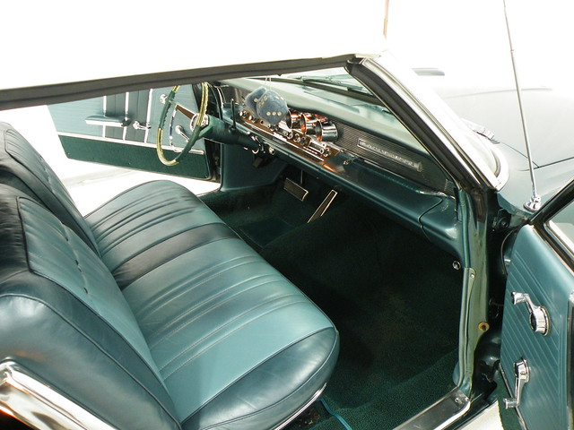 1963 pontiac bonneville green teal interior flickr photo sharing. Black Bedroom Furniture Sets. Home Design Ideas