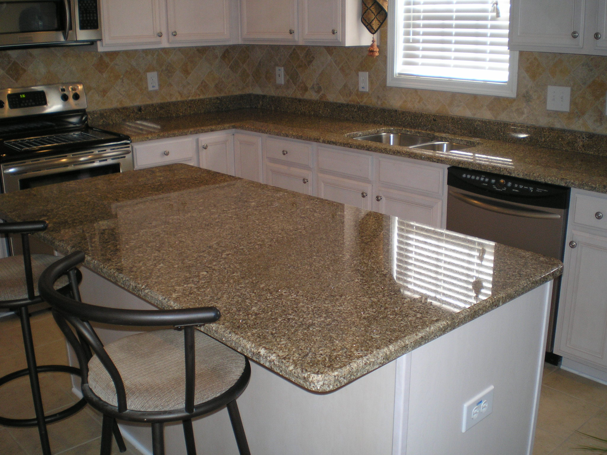 Star beach granite installed in sc flickr photo sharing for Granite countertop width