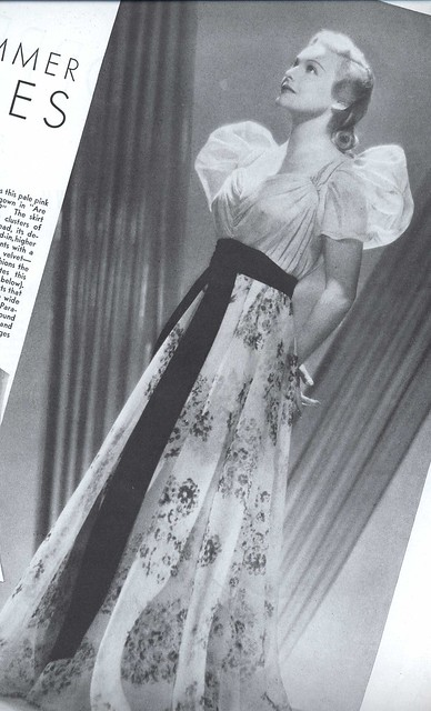 Pictures of 1930's Evening gowns? - Yahoo! Answers