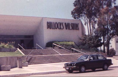 BULLOCKS WILSHIRE - Newport Beach Fashion Island 1988