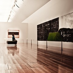 Art Gallery Interior by ►CubaGallery