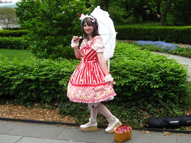 Another lovely costumed visitor enjoying Magnolia Terrace. Photo by Rebecca Bullene.