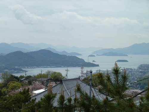 sea building water japan buildings islands roofs views onomichi setoinlandsea honshu