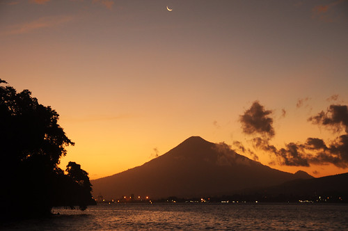 sunset moon indonesia volcano crescent northsulawesi lembehstraits twofishdivers