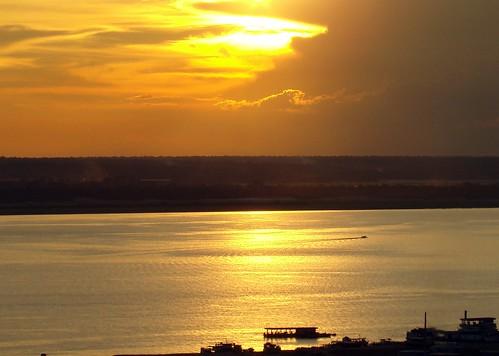 sunset pordosol luz sol sunrise cores barcos imagens pôrdosol manaus foryou navegando águas anoitecer amazonas entardecer amazonia rionegro amazônia astrorei viajandopelaamazônia viajandopelaamazoônia