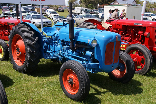 Dexta Tractor Hydraulics : Fordson dexta tractor a photo on flickriver