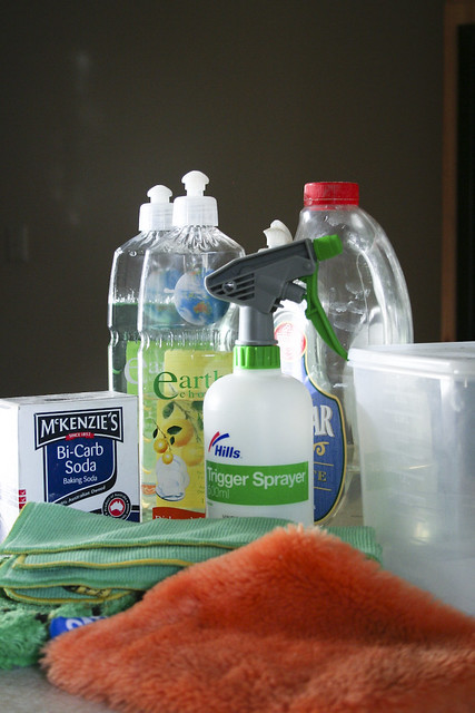 6 Common Household Items That Can Be Used For Cleaning