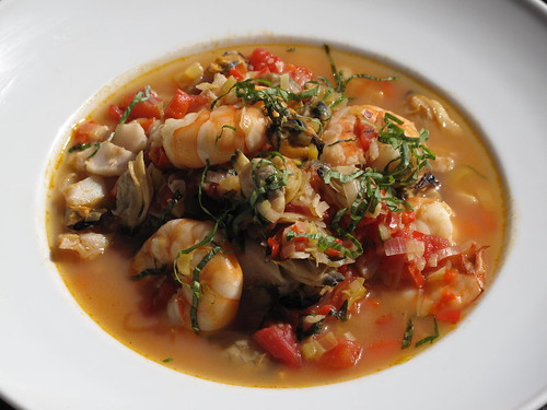 Seafood stew healthhabits for Recipe for seafood stew