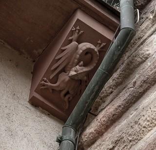Изображение Spalentor. sculpture medieval basel gargoyle chimera grotesque spalentor basilisk
