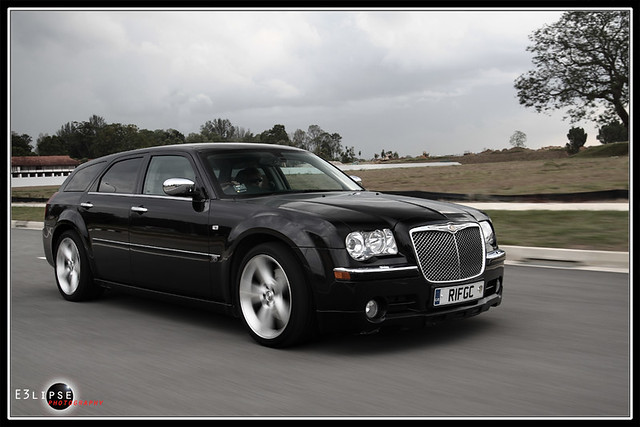 Chrysler 300c touring v8 #3