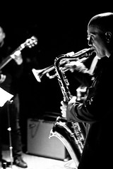 musician, woodwind instrument, trumpet, saxophone, music, trumpeter, monochrome photography, jazz, entertainment, saxophonist, monochrome, black-and-white, wind instrument,