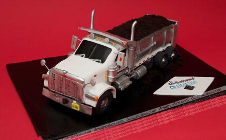 3D dump truck cake